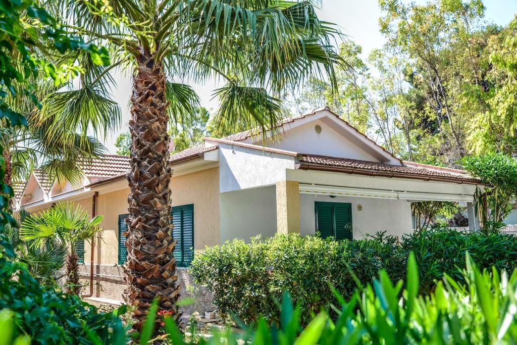 Campsite Village Terrazza sul Mare Vieste Gargano Italy